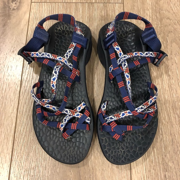 6666060eb326 Chaco Shoes - Chacos red white blue size 7